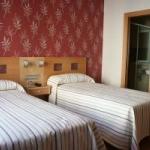 Hotel Hostal Abami Ii