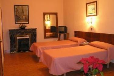 Hotel Hostal Aguilar: Twin Room MADRID