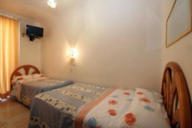 Hostal Casa Bueno: Camera Business Suite MADRID