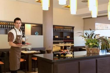 Hotel Ibis Madrid Aeropuerto: Restaurant MADRID