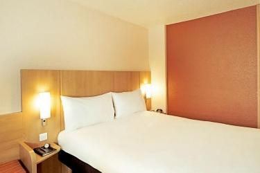 Hotel Ibis Madrid Aeropuerto: Bedroom MADRID