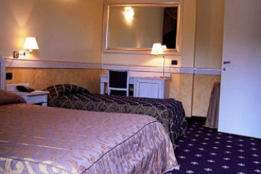 Malpensa Inn Hotel Motel: Dreibettzimmer MAILAND