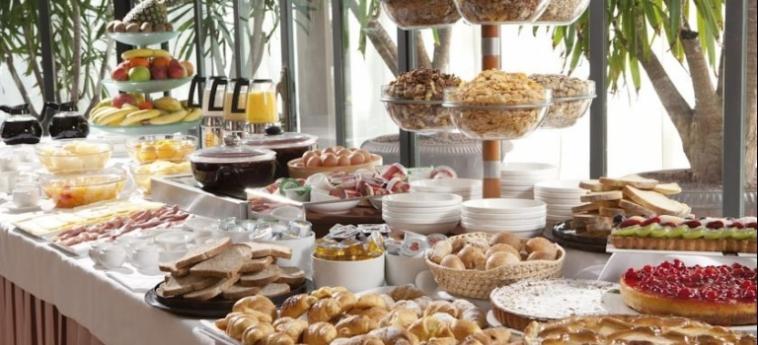 Hotel Raffaello: Buffet MAILAND