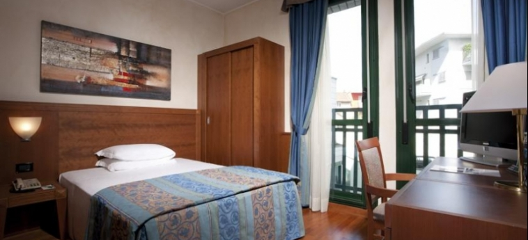 Hotel Raffaello: Doppelzimmer MAILAND