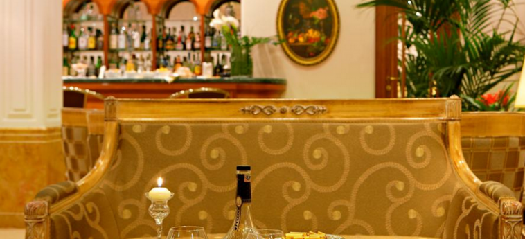 Hotel Mozart: Innen Bar MAILAND