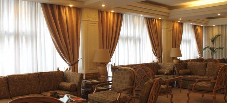 Hotel Mozart: Lobby MAILAND