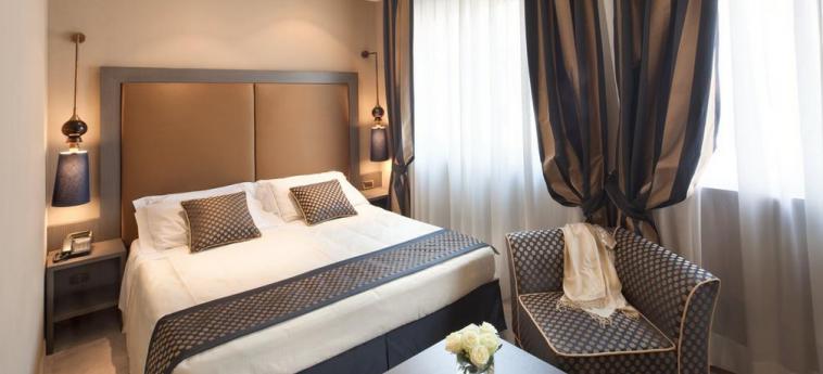 Hotel Mozart: Schlafzimmer MAILAND