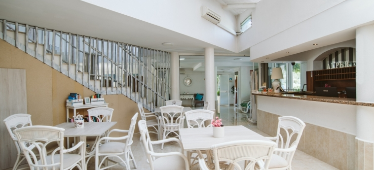 Alper Apartments Mallorca: Réception MAJORQUE - ILES BALEARES