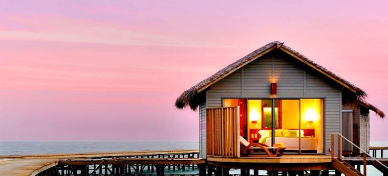 Hotel Centara Ras Fushi Resort & Spa Maldives: Exterior MALDIVAS