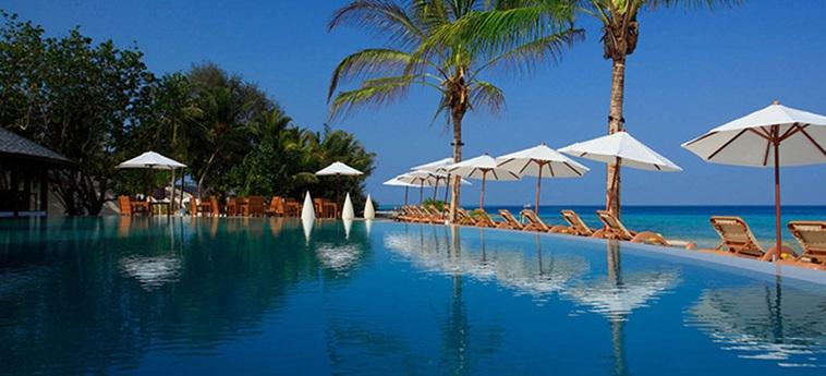 Hotel Centara Ras Fushi Resort & Spa Maldives: Swimming Pool MALDIVAS