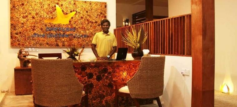 Dhiffushi White Sand Beach Hotel: Depandance MALDIVAS