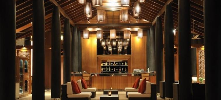 Hotel Paradise Island Resort & Spa: Lounge Bar MALDIVAS