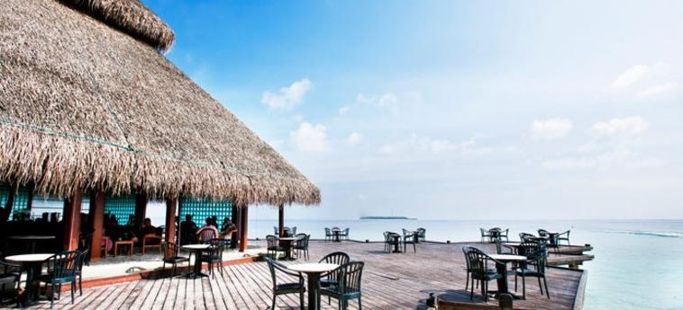 Hotel Adaraan Club Rannalhi: Ristorante Esterno MALDIVE
