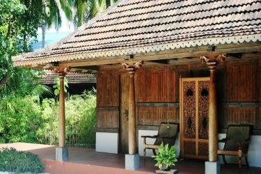 Hotel Gangehi Island Resort: Patio MALDIVEN
