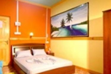 Hotel Mathiveri Inn: Dormitory 8 Pax MALDIVES