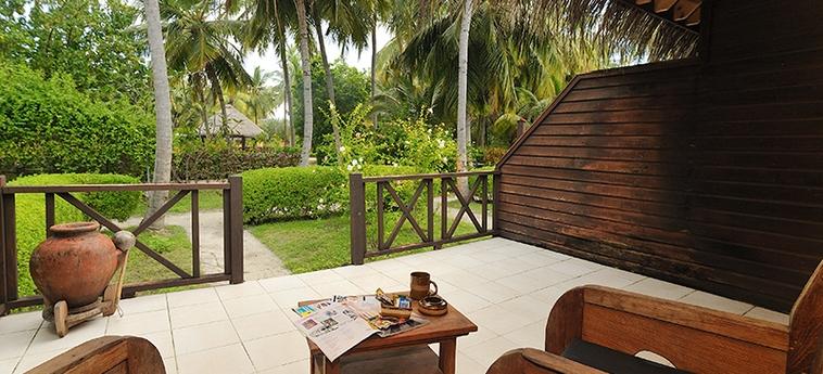 Hotel Bandos Island: Villa detail MALDIVES