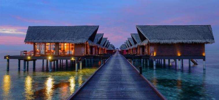 Hotel Adaaran Select Hudhuranfushi: Villette MALDIVES