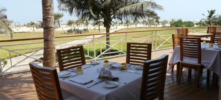 Hotel Ocean Beach Resort & Spa: Außen Bar MALINDI
