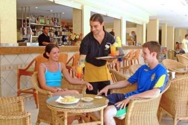 Hotel Alcudia: Eingang MALLORCA - BALEARISCHEN INSELN