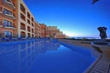 Grand Hotel Gozo: Swimming Pool MALTA