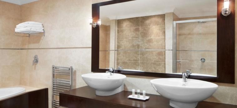 Hotel The Westin Dragonara Resort: Badezimmer MALTA