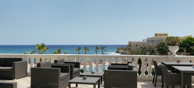 Hotel The Westin Dragonara Resort: Terrasse MALTA