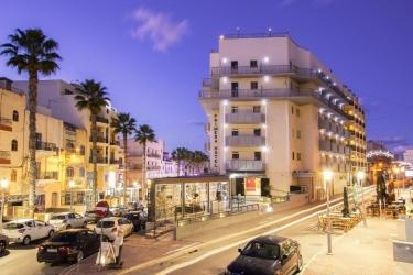 Hotel Primera: Esterno MALTA