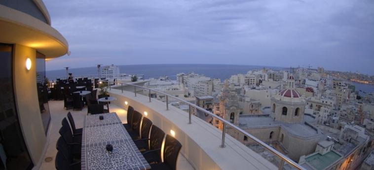The Palace - Ax Hotels: Terrasse MALTA