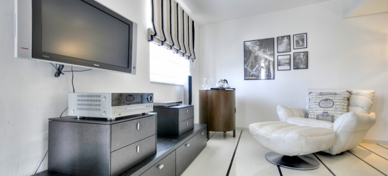 The Palace - Ax Hotels: Wohnzimmer MALTA