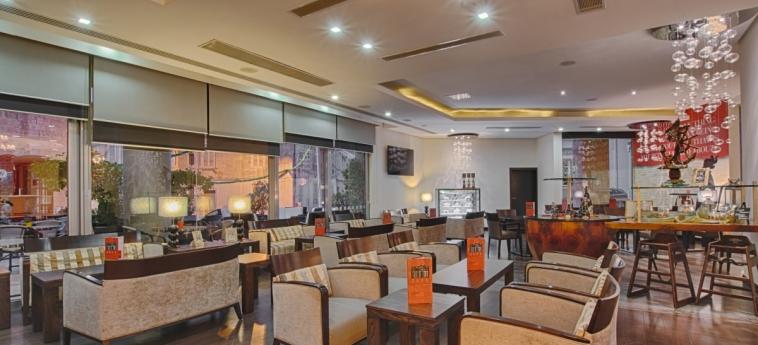 Hotel Ax The Palace: Bar MALTA