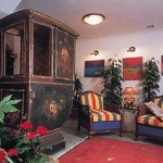 Hotel Lapsi