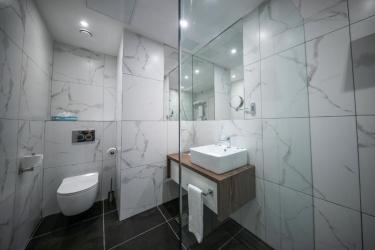 Solana Hotel & Spa: Salle de Bains MALTE