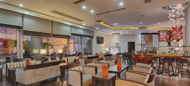 Hotel Ax The Palace: Bar MALTE