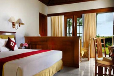 Hotel Grand Luley Resort: Schlafzimmer MANADO