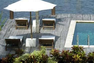Hotel Kima Bajo: Außen MANADO