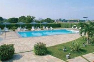 Hotel Novotel Manaus: Swimming Pool MANAUS