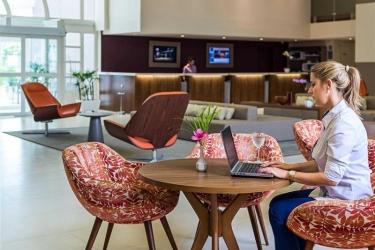 Hotel Novotel Manaus: Bar MANAUS