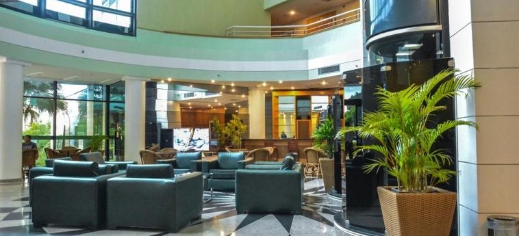 Hotel Wyndham Garden Manaus: Hall MANAUS