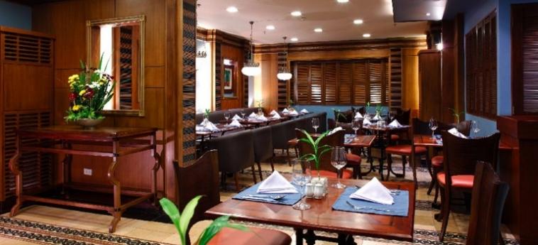 Hotel Herald Suites Solana: Restaurant MANILA