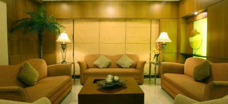 Hotel Herald Suites Solana: Zimmer Suite MANILA