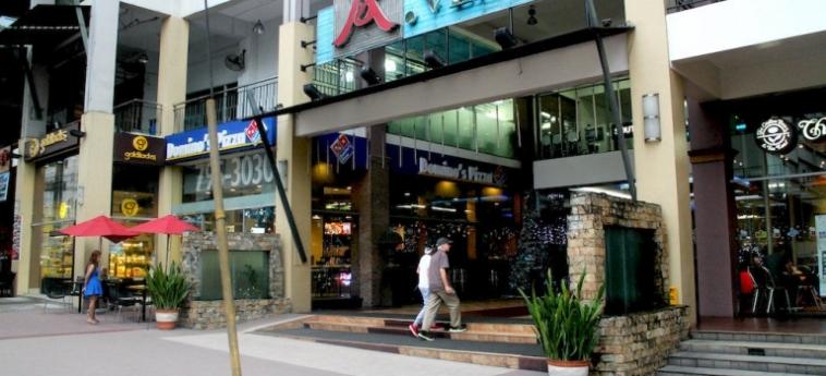 Urban Hostel Makati: Jacuzzi MANILA