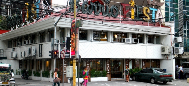 Urban Hostel Makati: Posizione Hotel MANILA
