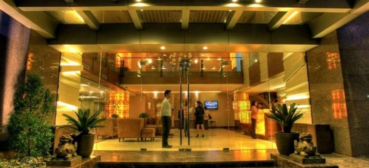Armada Hotel: Kamin MANILA