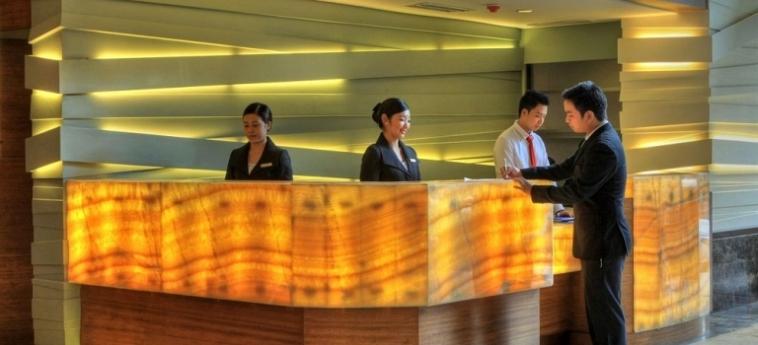 Armada Hotel: Room - Business Suite MANILA