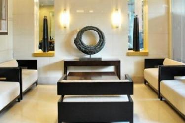 Vieve Hotel: Piscina Esterna MANILA