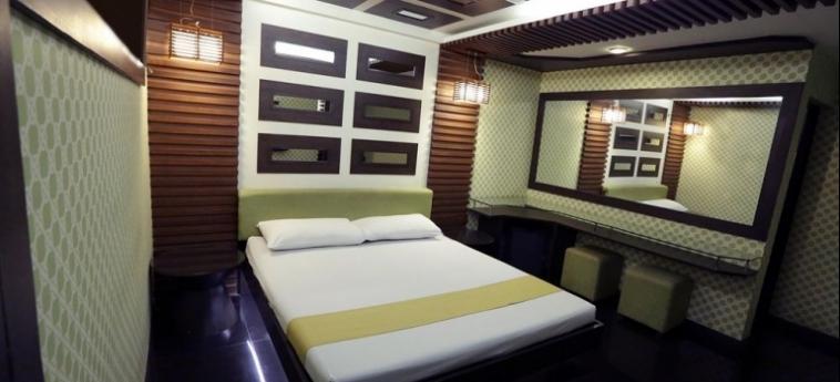 Hotel Victoria Court Cuneta: Appartamento Nettuno MANILA