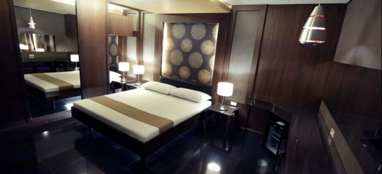 Hotel Victoria Court Cuneta: Appartamento MANILA