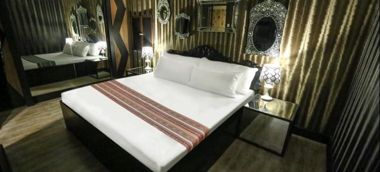 Hotel Victoria Court Cuneta: Internet Point MANILA