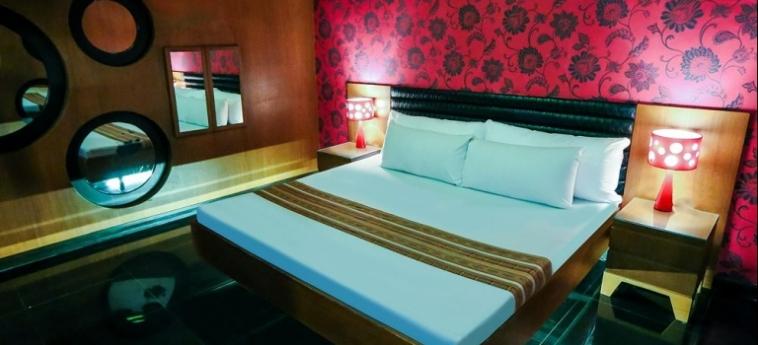 Hotel Victoria Court Cuneta: Lobby MANILA