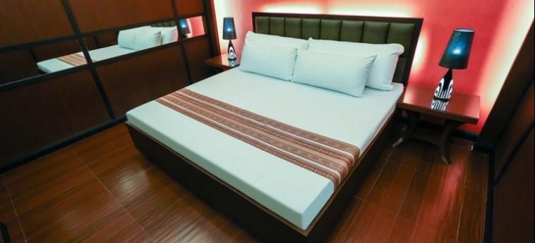 Hotel Victoria Court Cuneta: Particolare dell'Hotel MANILA